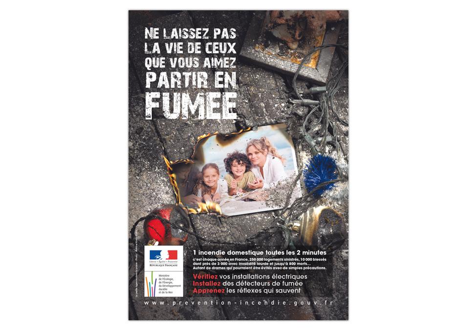 PREVENTION INCENDIES - Publicité presse Noël
